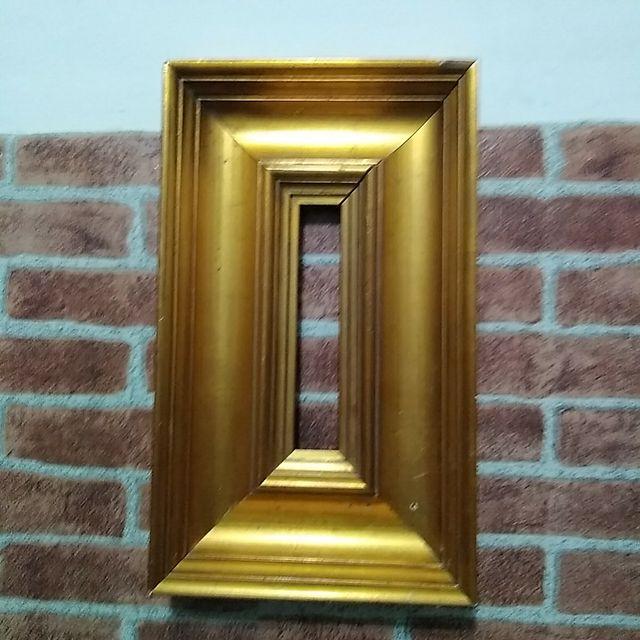 Marco retro art decó años 50/60 pan de oro.