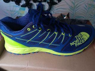 Zapatillas de trail running.