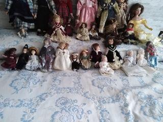Gran Colección de Muñecas de Porcelana