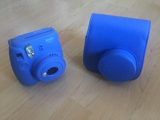 Cámara+funda Fujifilm Instax 9m