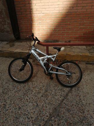Bicicleta niño de montaña