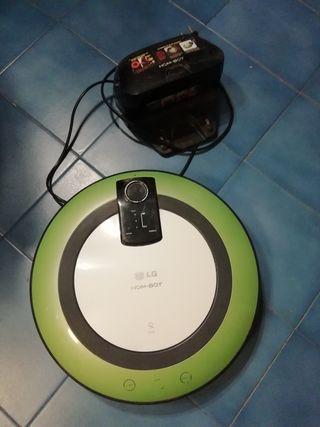 Robot aspirador LG verde lima