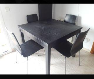 Mesa comedor extensible IKEA color wengue + sillas