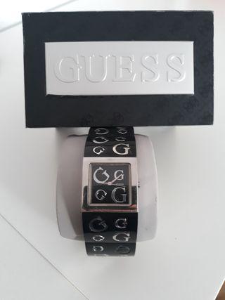 Reloj GUESS G10102L1 mujer sumergible