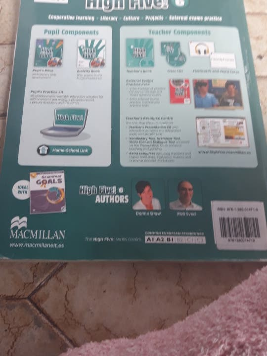 libro ingles 6 primaria editorial MACMILLAN