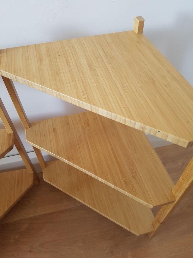 Estantería esquina de bambú IKEA