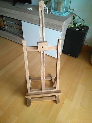 Caballete para pintura, de madera