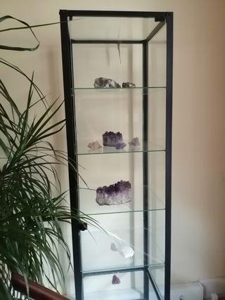 Expositor de cristal con cierre