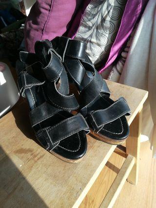 Sandalias de cuña. Vintage. Zara.
