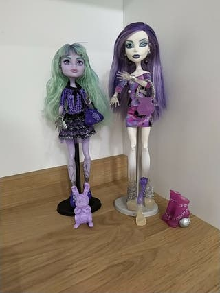Monster High Twyla y Spectra