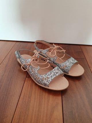 Sandalias de niña ZARA