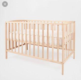 Cuna de madera de Zara Home
