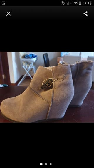 ladies suede boots size 5