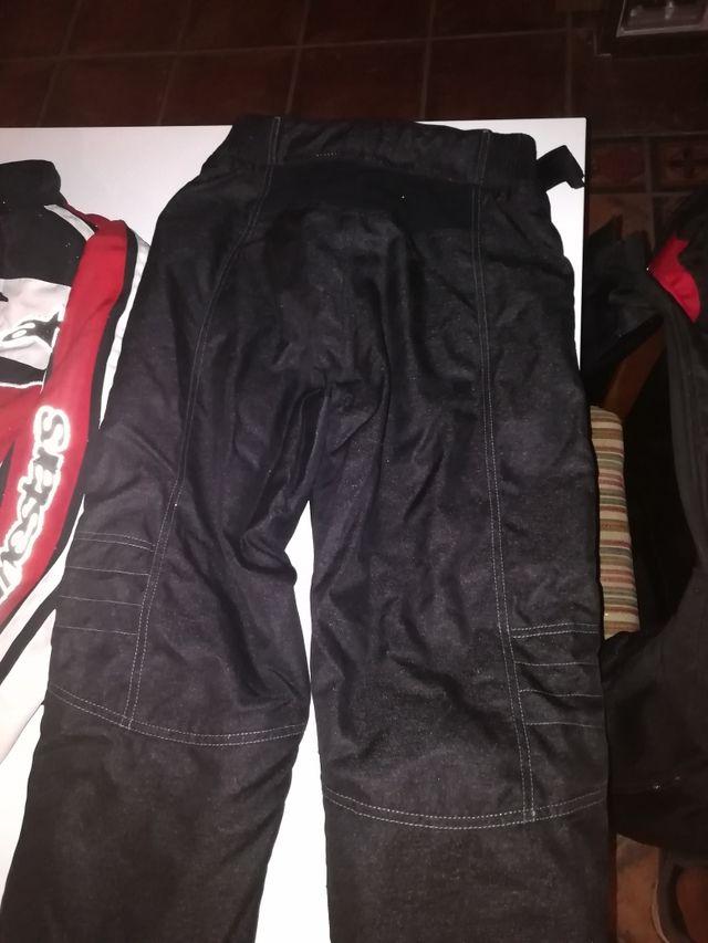 chaqueta Alpinestars y pantalon