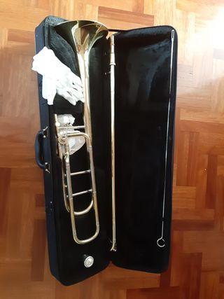 Trombón Tenor de vara -Sib/Fa-Dorado