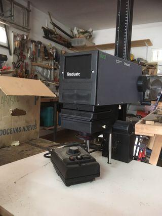 Ampliadora y equipo fotográfico