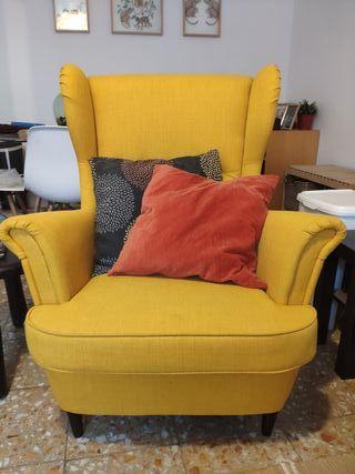 Sillón orejero Ikea Strandmon amarillo