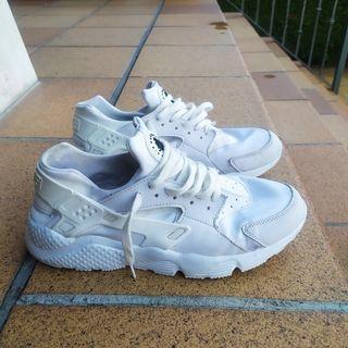 Nike Huarache 44