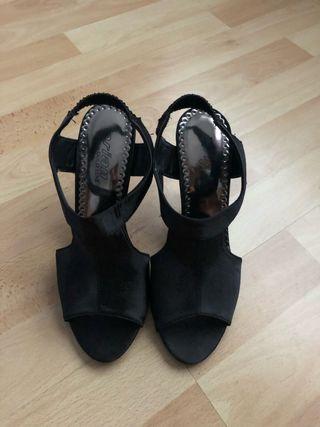 Sandalias fiesta negras