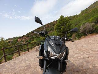 Moto Kawasaki Z800e