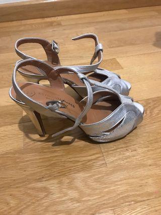 Zapatos de fiesta. Color plata.