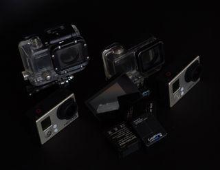 Pack de 2 Gopro con accesorios.
