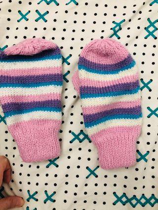 Manoplas o guantes de lana a rallas
