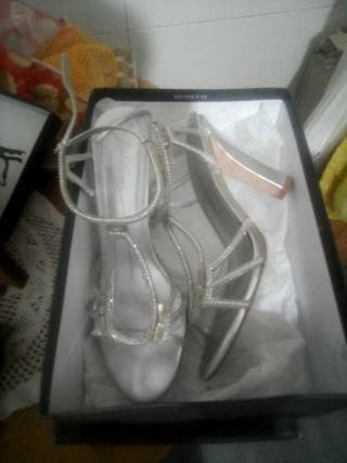 zapatos tacon fiesta Massimo Dutti