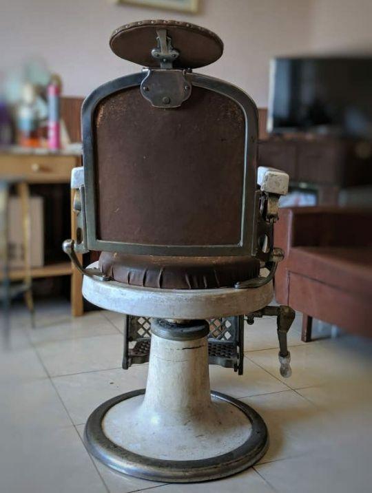 Silla barbero antigua
