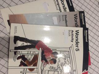 Libros inglés Wonder 5 . Richmond primary
