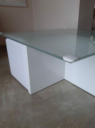 Mesa de cristal centro comedor+4 pufs piel blanca
