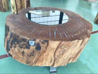 Mesa de centro de castaño con cristal
