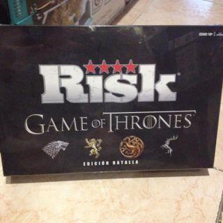 Vendo juego de me Risk ed Game of trone