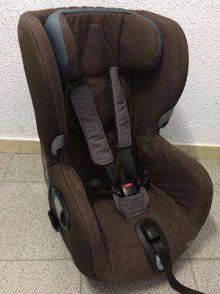 Silla infantil giratoria para coche