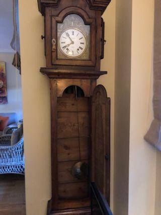 Precioso reloj de pared MOREZ (s. XIX)
