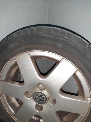 2 Ruedas Volkswagen polo