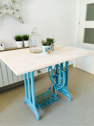 Mesa vintage hierro y madera