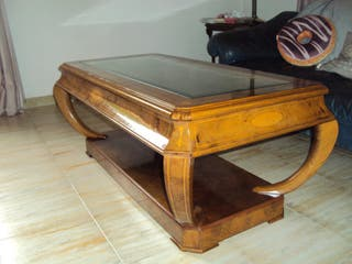 mesa con cristal antigua