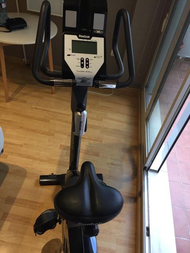 Bicicleta estática Reebok edición limitada