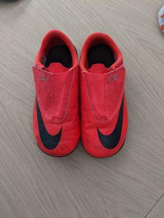 botas de fútbol Nike Mercurial CR7 de niño