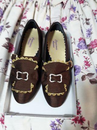 Justillo y Zapatos n°32