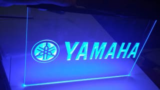 Cartel luminoso Yamaha