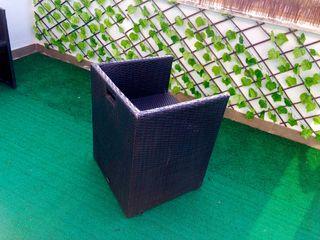 Silla rattan sintético jardin/terraza 10€ cada una