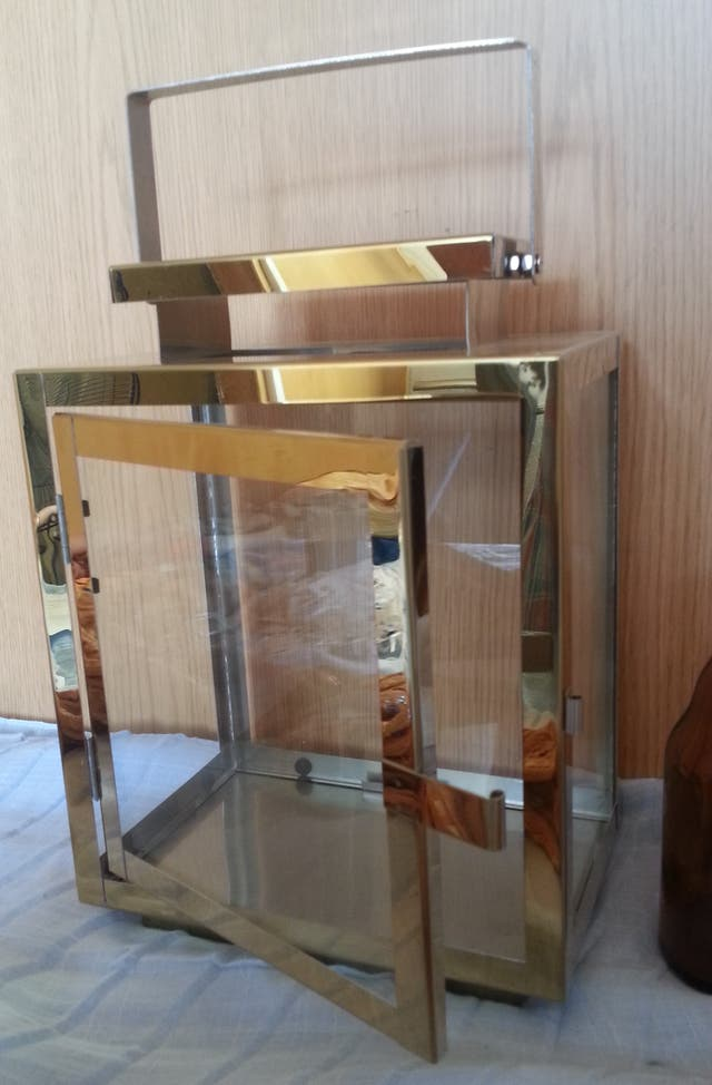 Linterna en latón y vidrio. Nueva.Tipo ferroviaria
