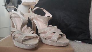 zapato tacón t.37
