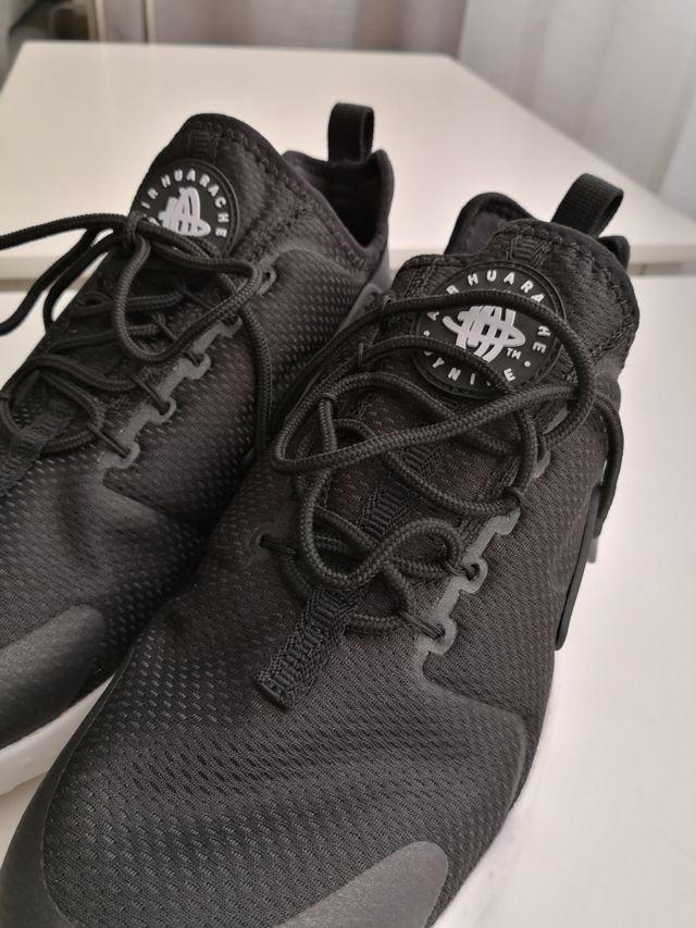 ¡ SIN ESTRENAR! Zapatillas Nike Huarache talla 41