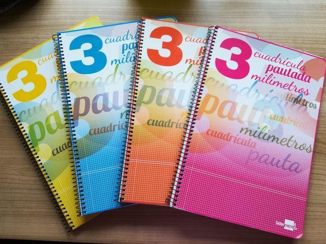 Cuadernos cuadriculados pautados.