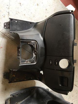 Contraescudo Honda Forza 250 CC