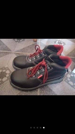Botas de punta de hierro