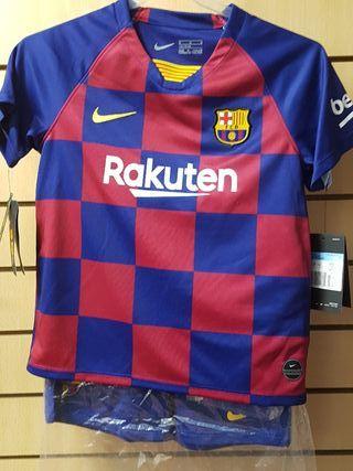 conjunto FC Barcelona talla L niño